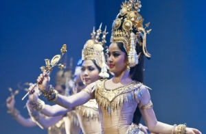 Royal-Ballet-of-Cambodia_612x400_scaled_cropp1